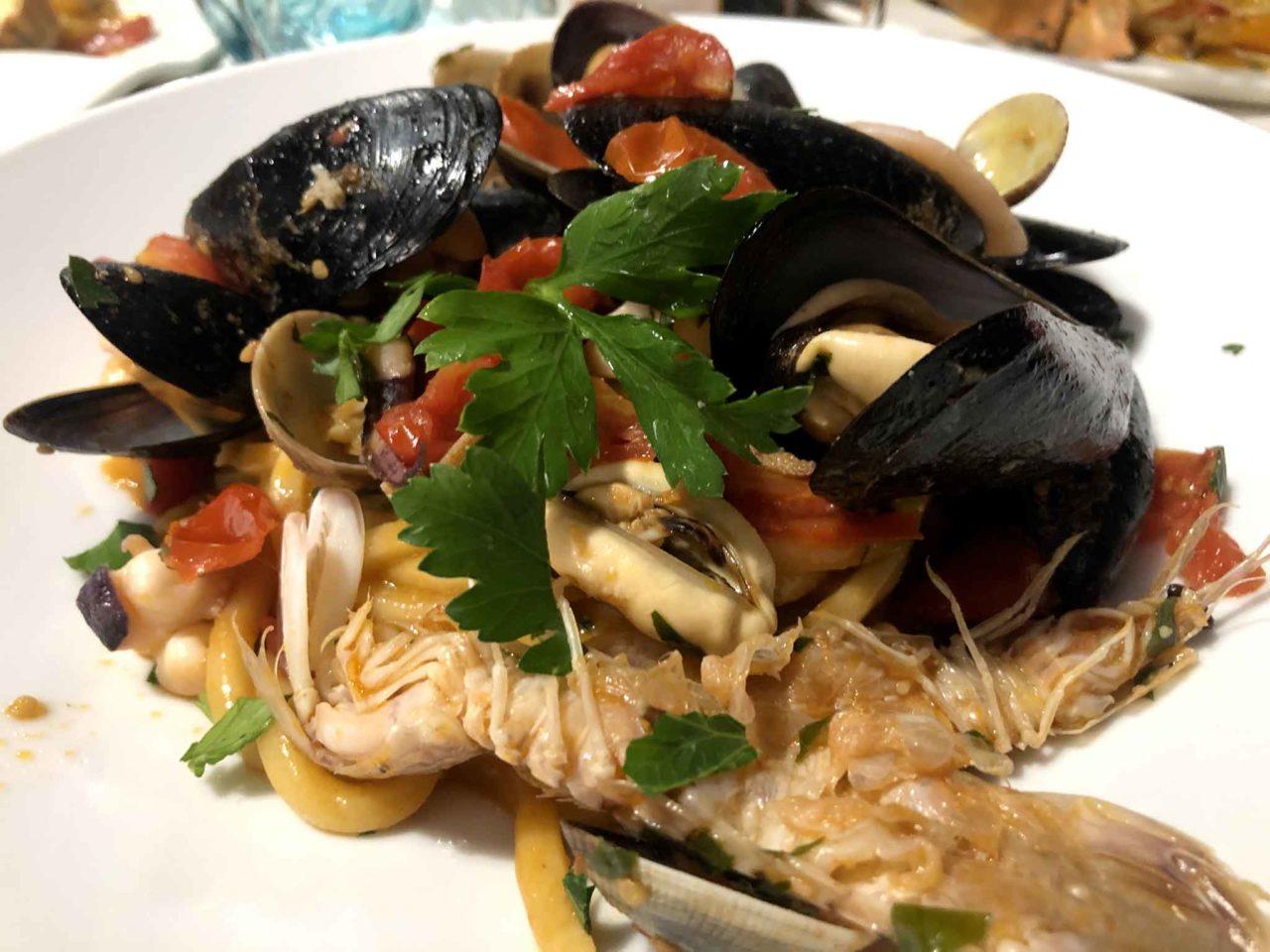 Street Stritt ristorante di pesce a Casal Velino Marina in Cilento scialatielli allo scoglio