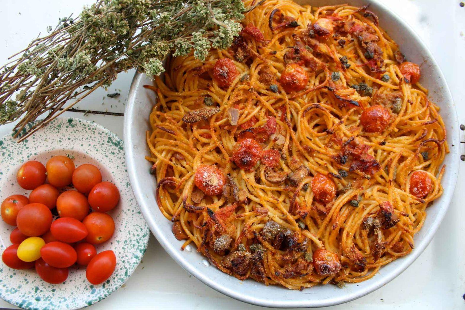 bucatini alla mediterranea ricetta