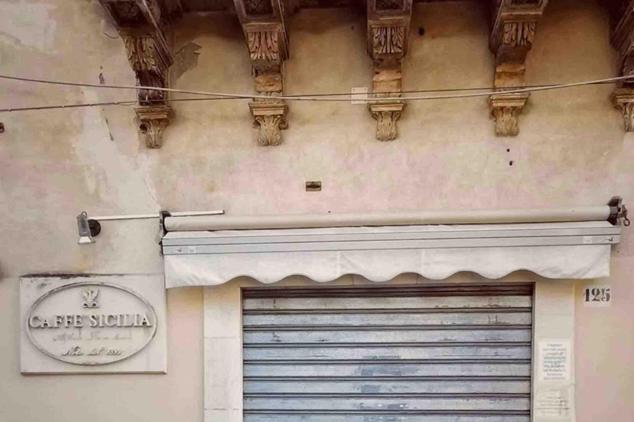 caffè Sicilia Corrado Assenza chiuso
