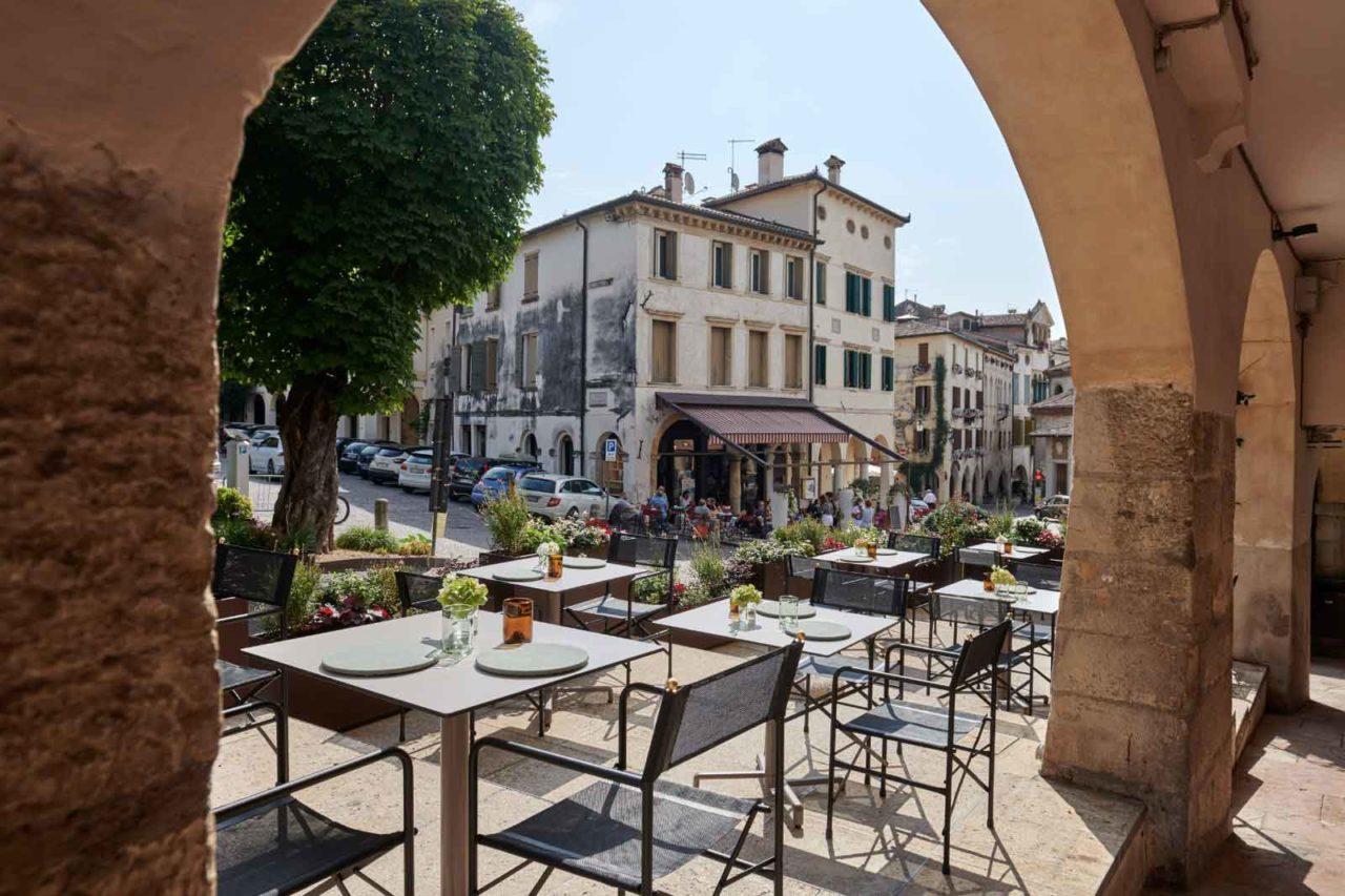 lomo ristorante asolo vista sulla piazza