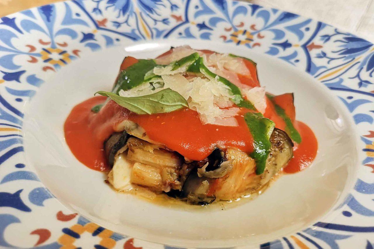parmigiana melanzane con pasta pugliese Osteria Casale Ferrovia Carovigno Puglia