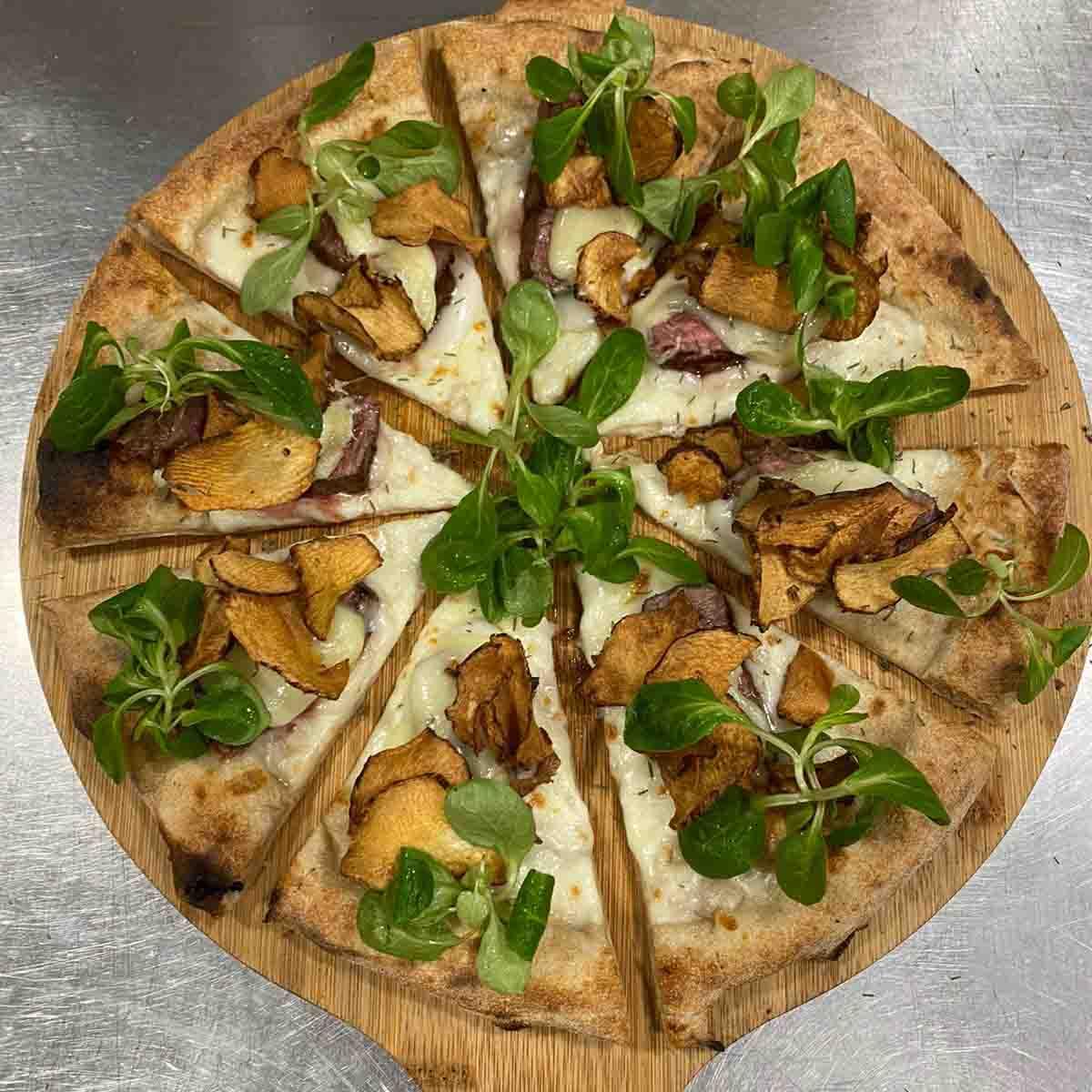 pizza con la carne chateaubriand Maglione Bifulco