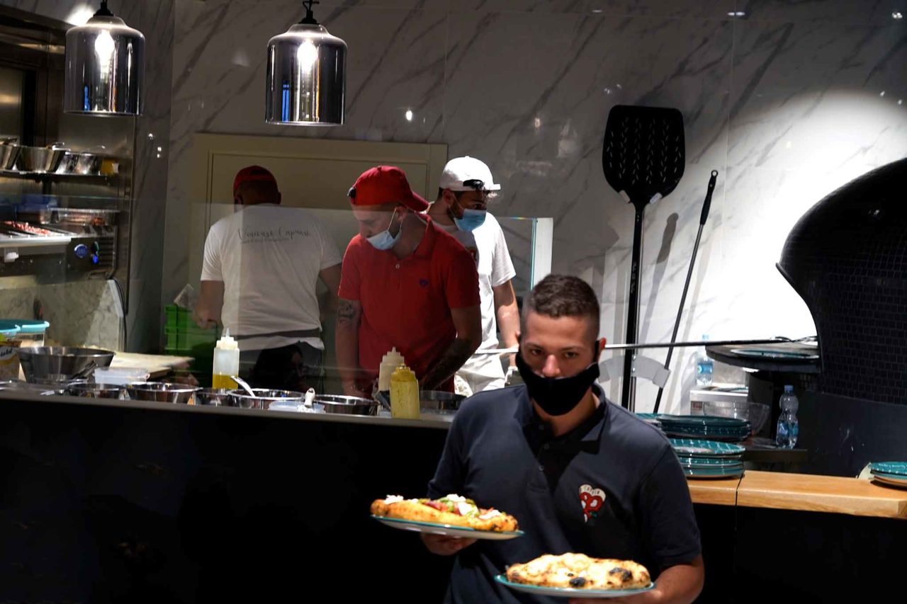 forno e banco pizzeria Vincenzo Capuano Pozzuoli