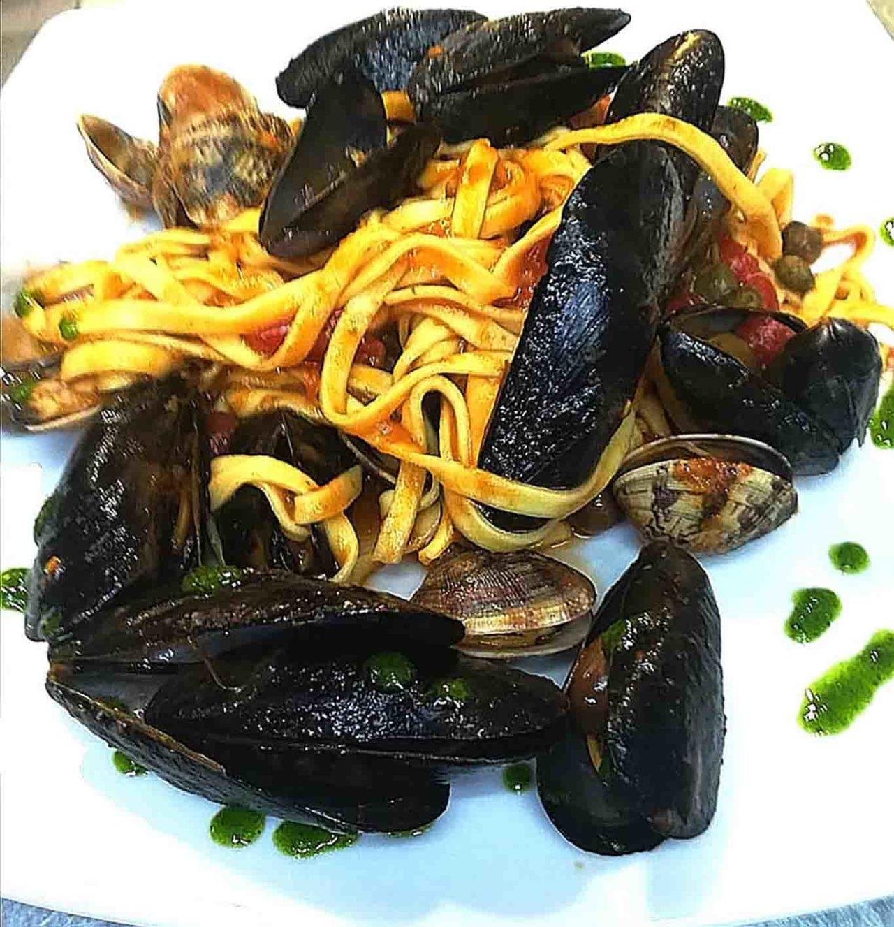 pasta cozze e vongole ristoranti di mare