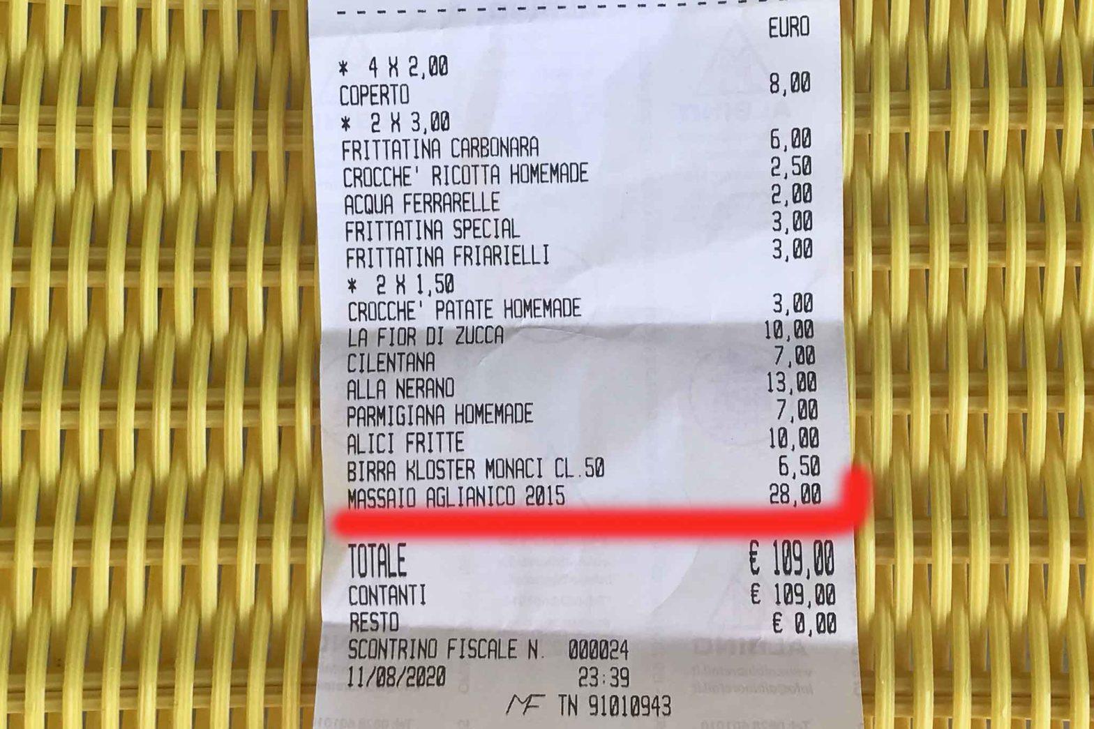 vino della casa scontrino 28 euro Acciaroli Cilento