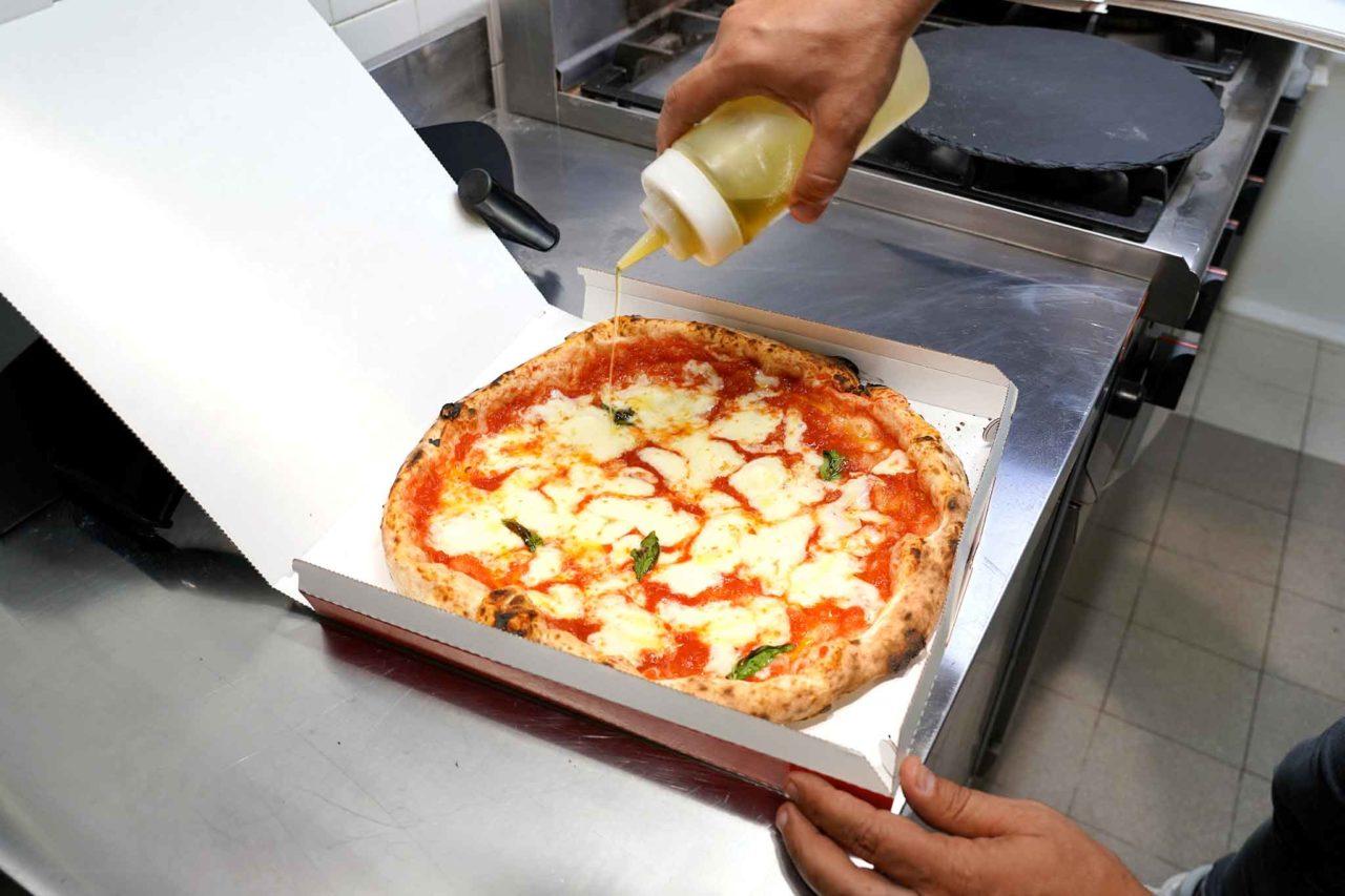 Gina Pizza Portici margherita nel cartone olio