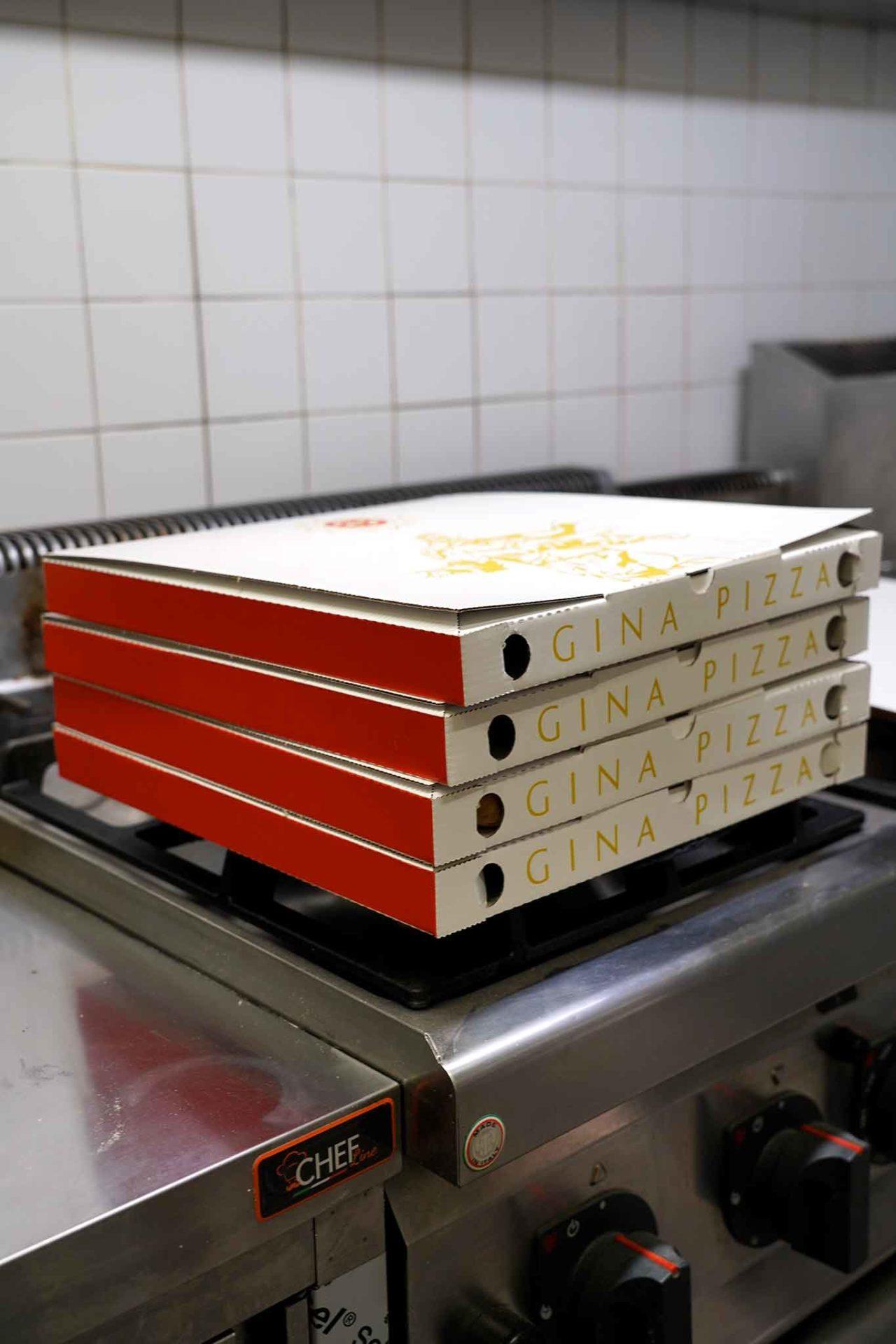 Gina Pizza cartoni asporto