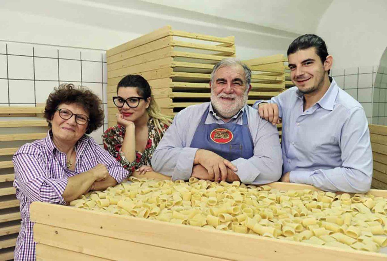 Giovanni Assante e la famiglia pasta Gerardo Di Nola