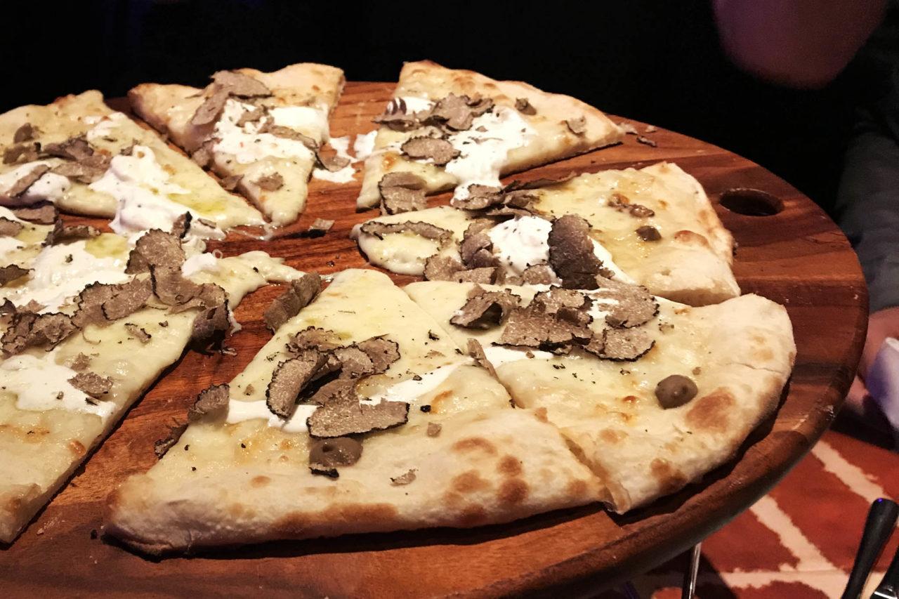 pizza elettrica Tartufo Nero