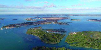 Venezia Isola Certosa