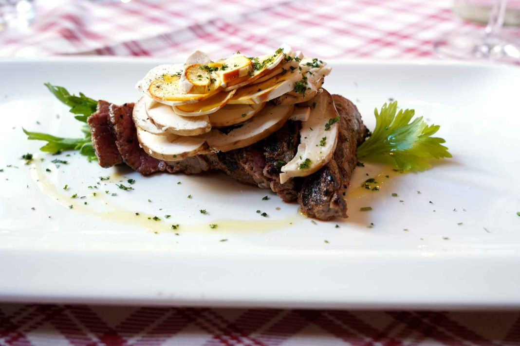 funghi ovoli e funghi porcini tagliata bufalo Osteria Da Diego Canneto sull Oglio