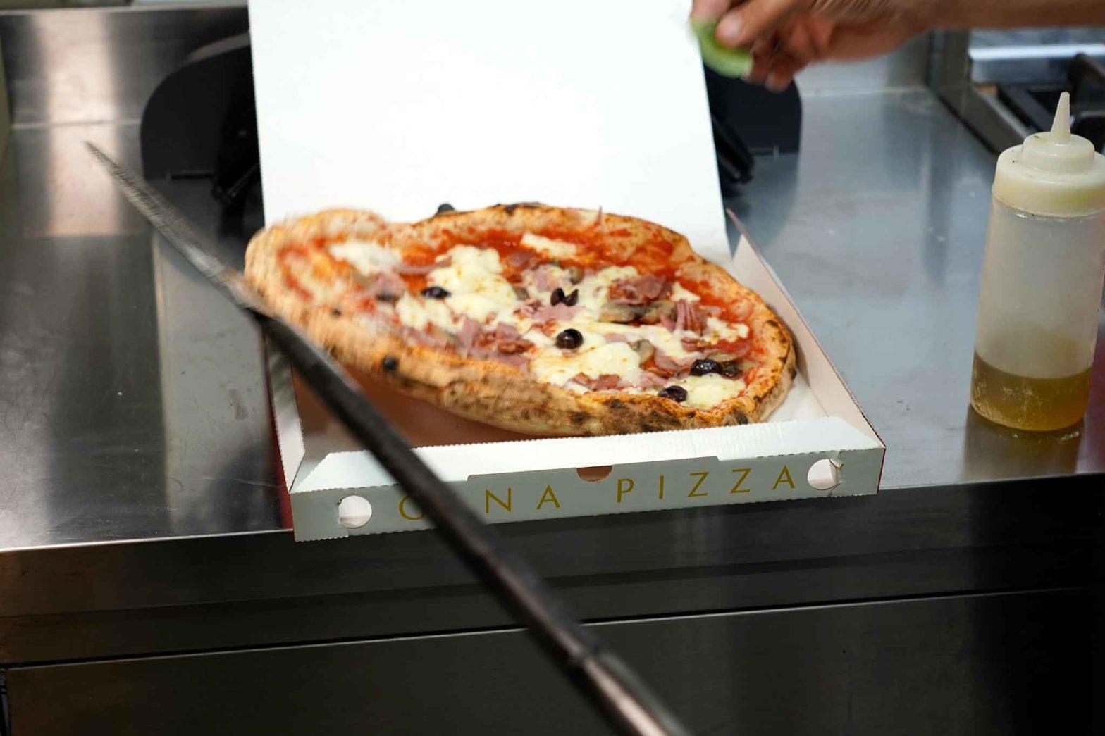 pizza capricciosa Gina Pizza asporto e delivery