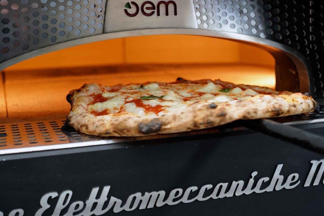 pizza cottura Gina Pizza Portici