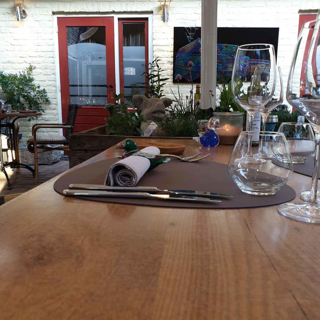 Aan Sjuuteeänjd ristorante sostenibile Olanda tavolo
