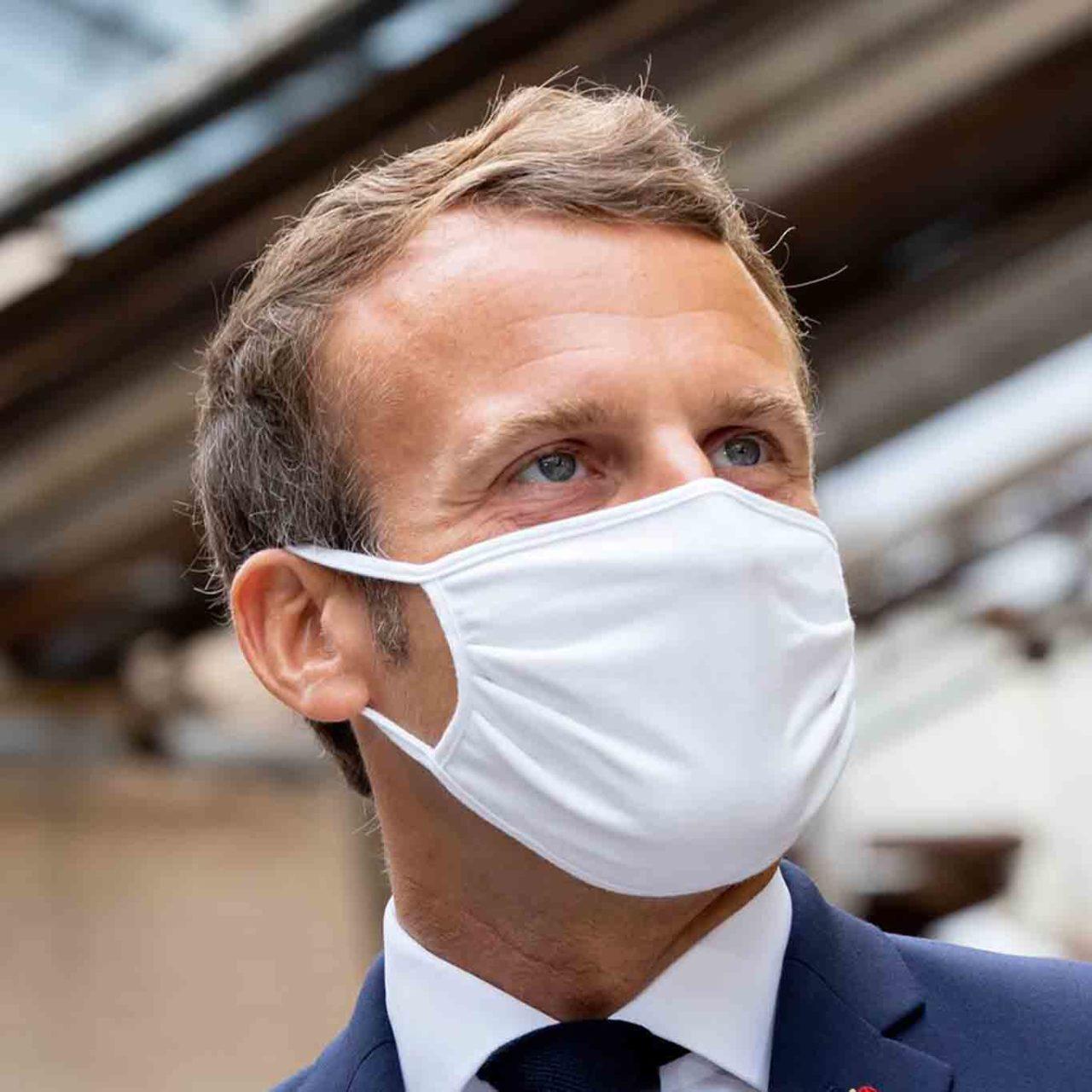 Emmanuel Macron coprifuoco Francia