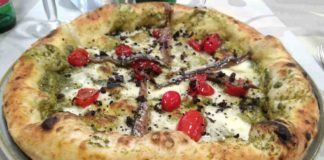 pizza Scarola pizzeria Ciarly Napoli Raffaele Bonetta