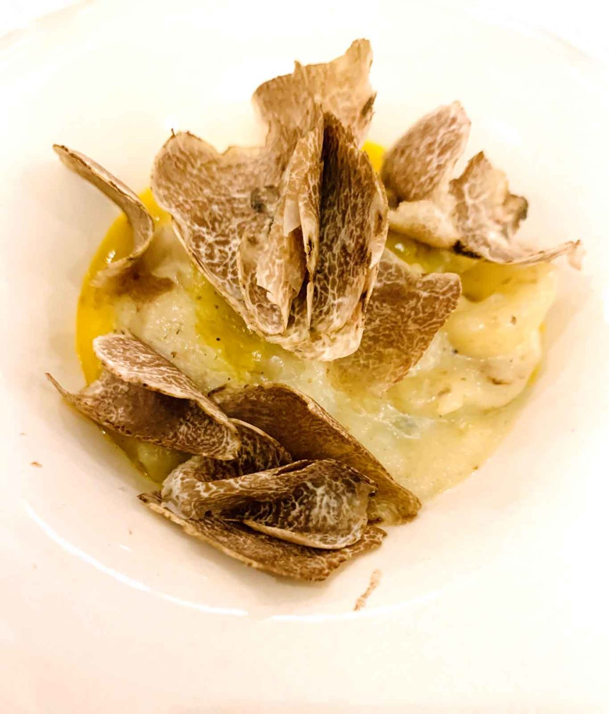 ristorante Villa Maiella patate alla brace uova tartufo bianco