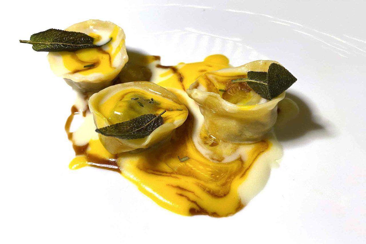 tortelli omaggio a Milano Casamatta Restaurant Manduria Puglia