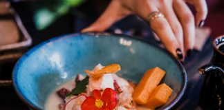 Urubamba ristorante nikkei Napoli ceviche mezclado
