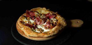 pizzeria La Cruna del Lago Lesina Puglia pizza