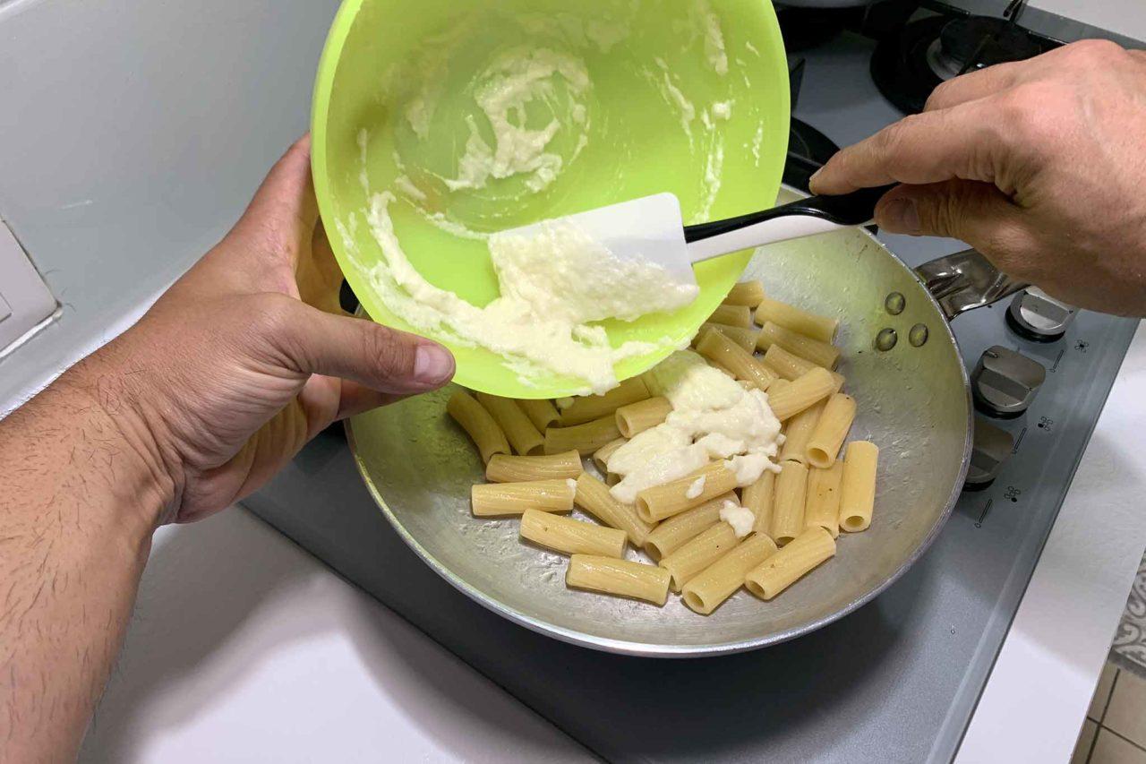 rigatoni crema di pecorino