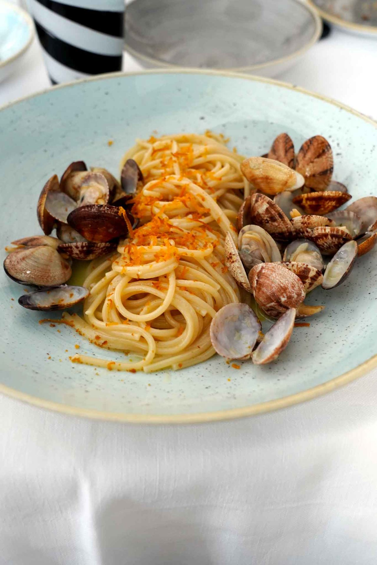 spaghetti vongole e bottarga Pescheria