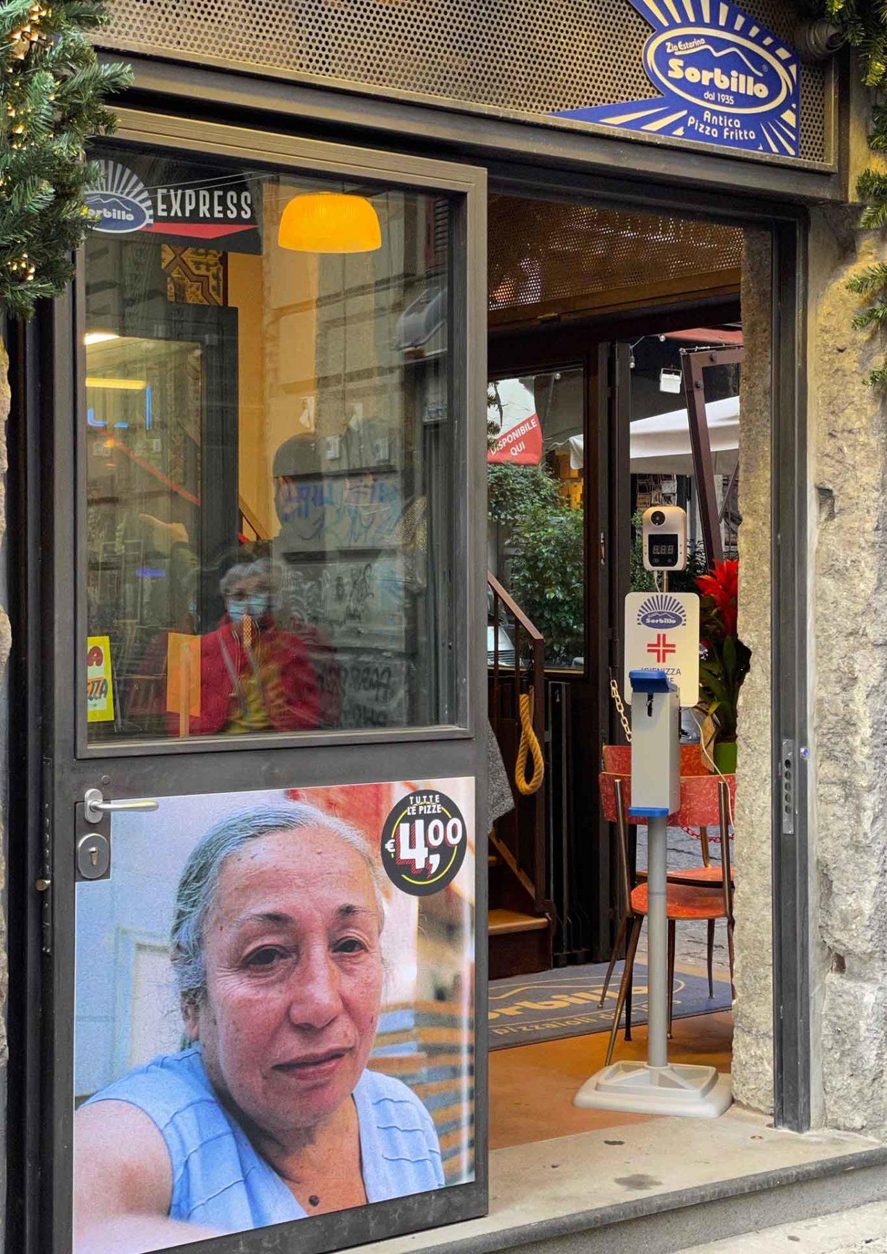 nuova pizzeria pizza fritta Zia Esterina piazzetta Nilo