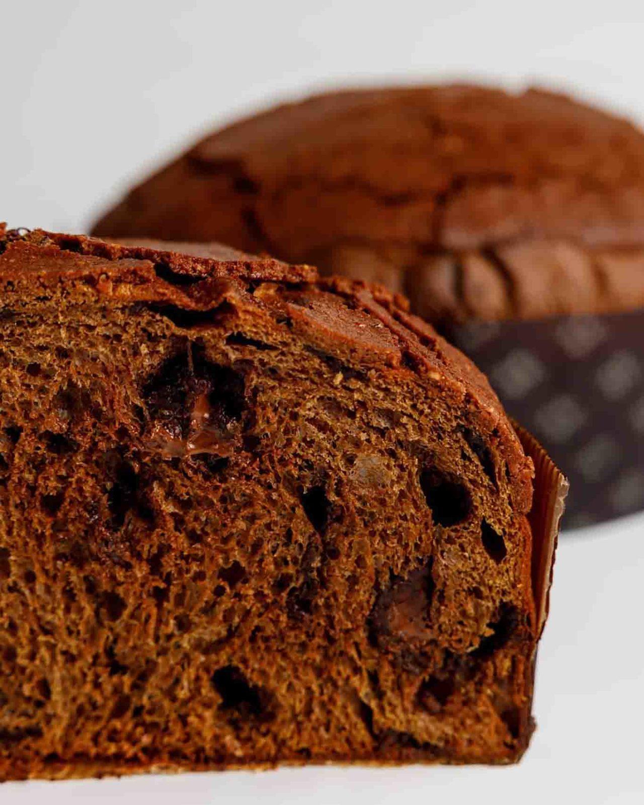 Dolci di Natale panettone impasto cacao