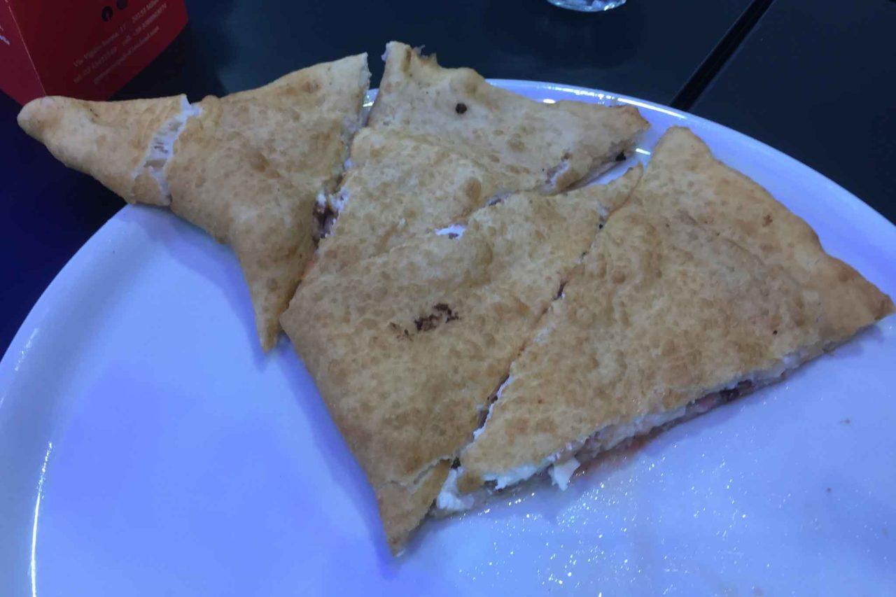 pizzeria gennaro rapido rot carrett pizza fritta cicoli taglio