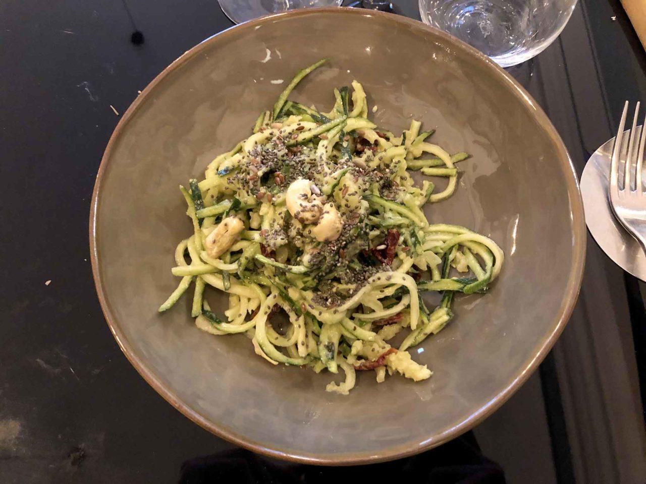 Mercato Plebiscito Roma spaghetti di zucchine