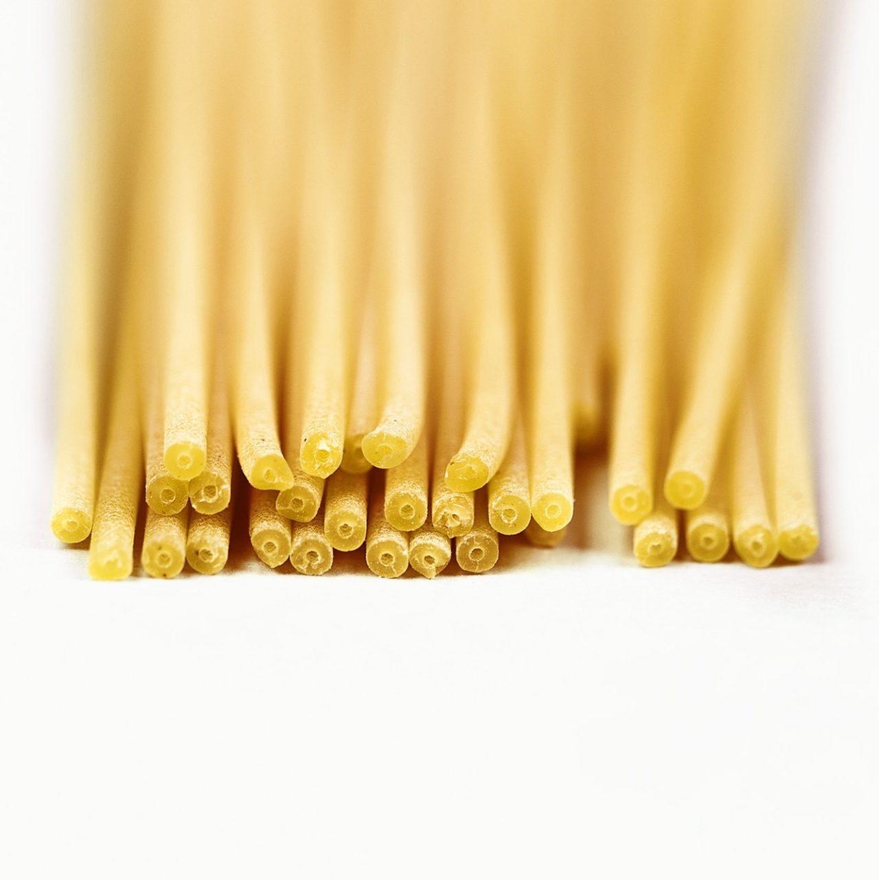 Bucatini, spaghetti con il buco in mezzo