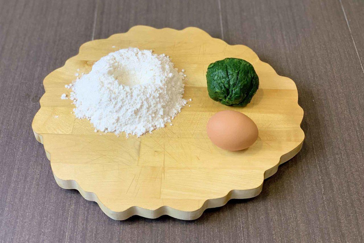 ingredienti pasta fresca agli spinaci