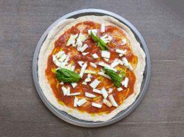 ricetta della pizza integrale da fare a casa
