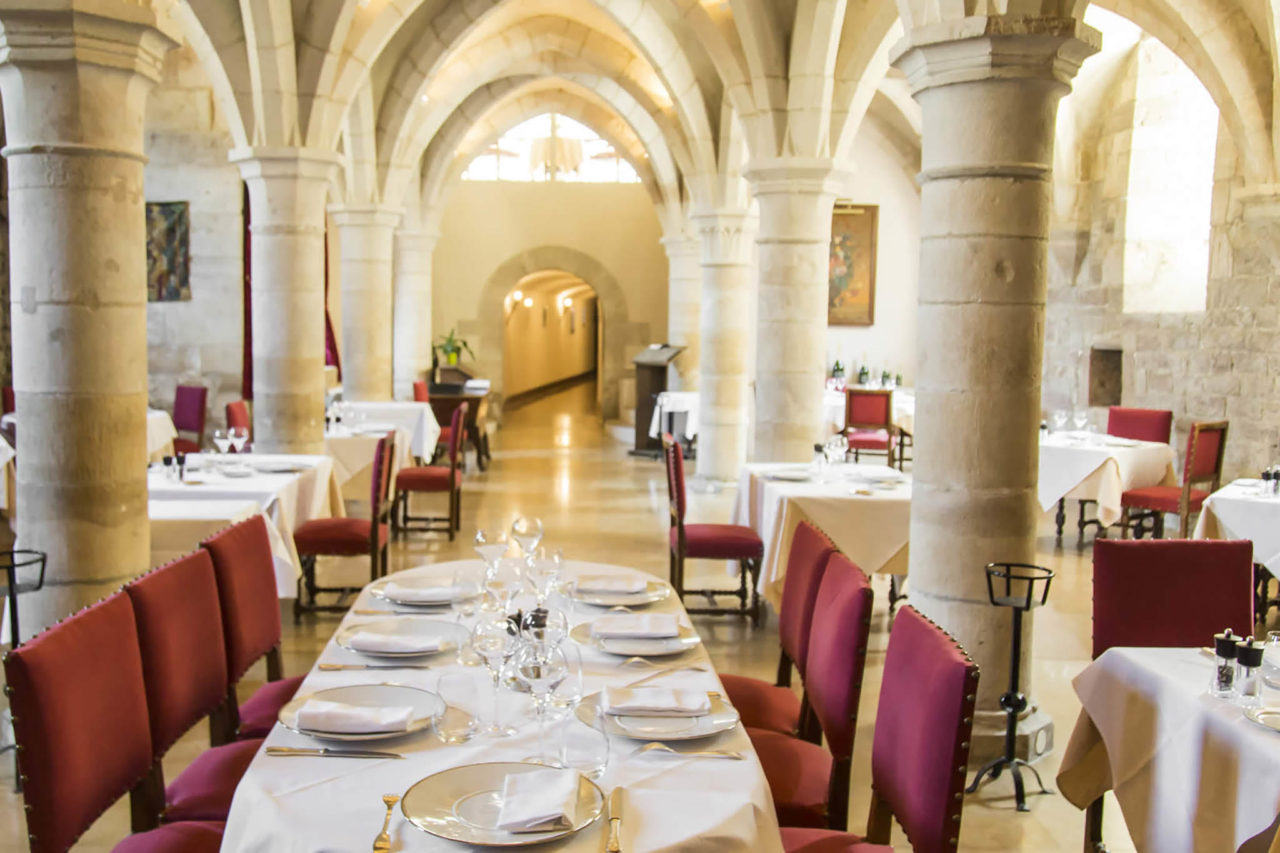 Borgogna Clos Prieur tavoli