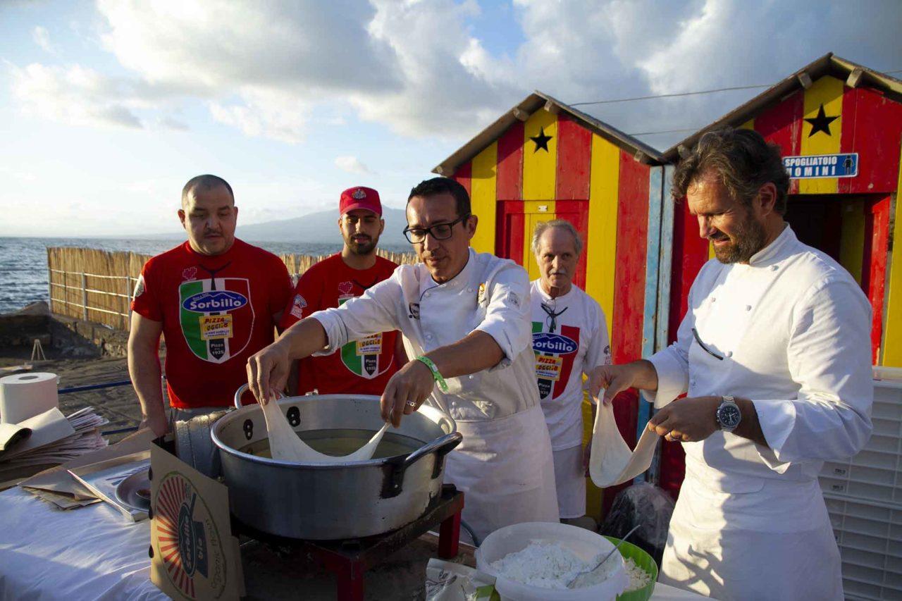 pizza fritta con Gino Sorbillo e Carlo Cracco