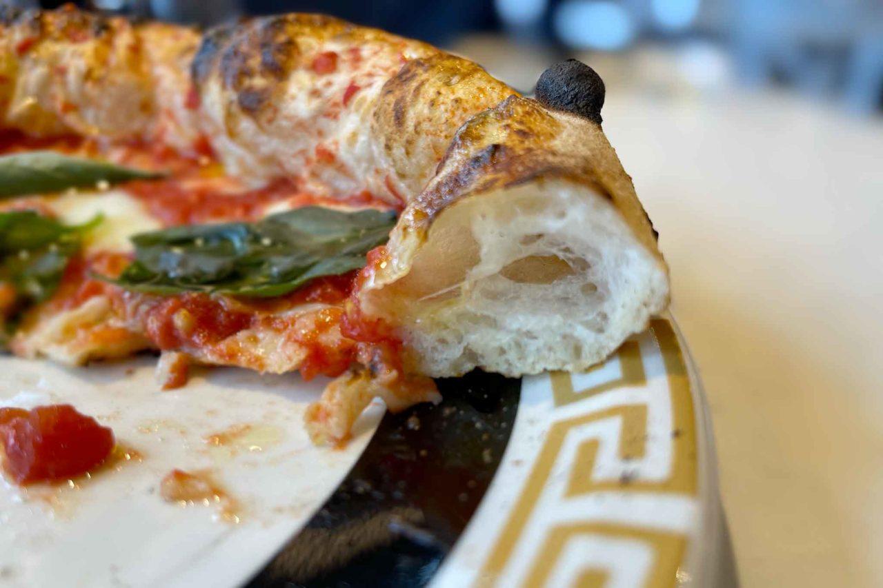 pizza canotto cornicione