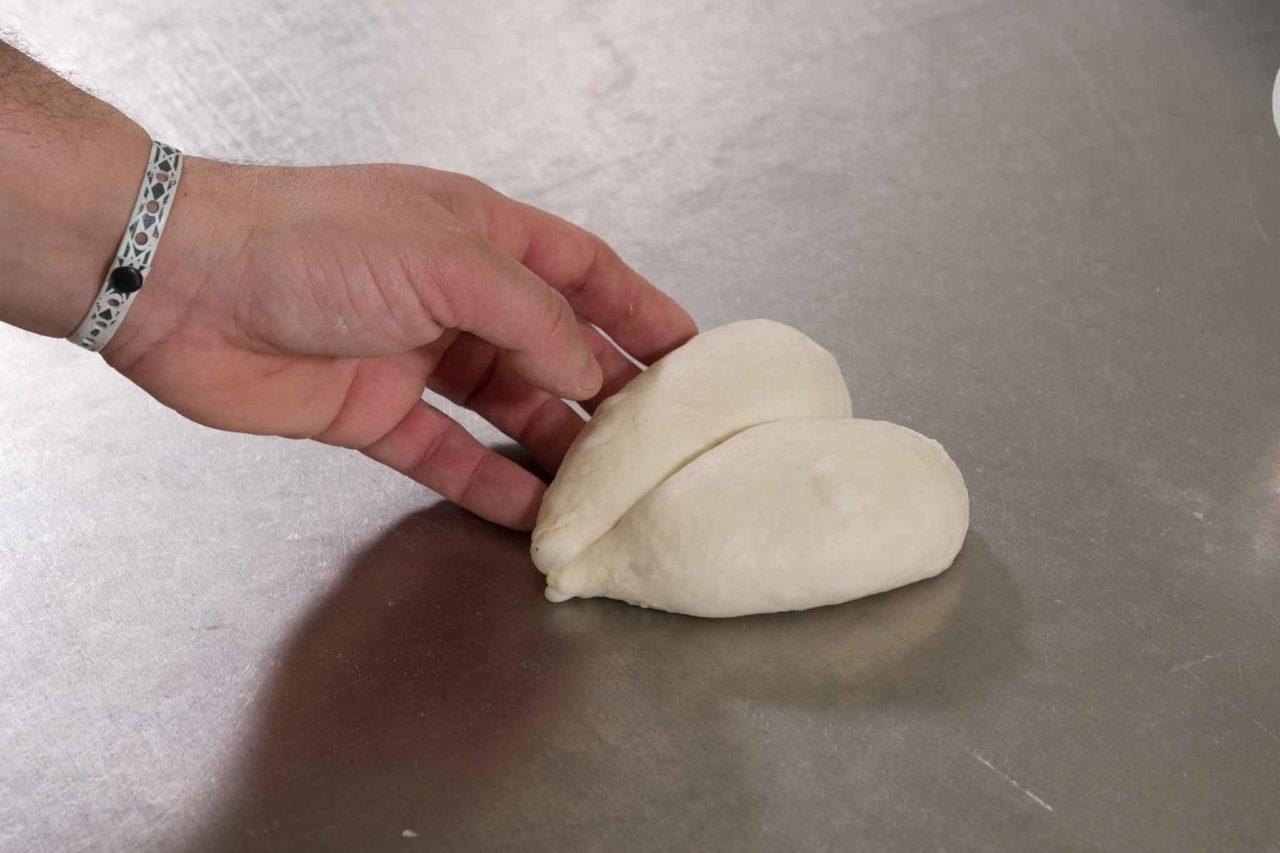 matteo cunsolo pane san valentino impasto a cuore