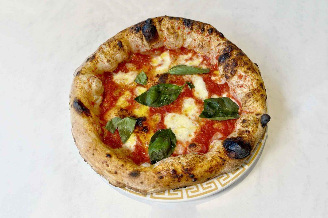 pizza margherita canotto nuova pizzeria Ferdinando Simeoli Pozzuoli Napoli