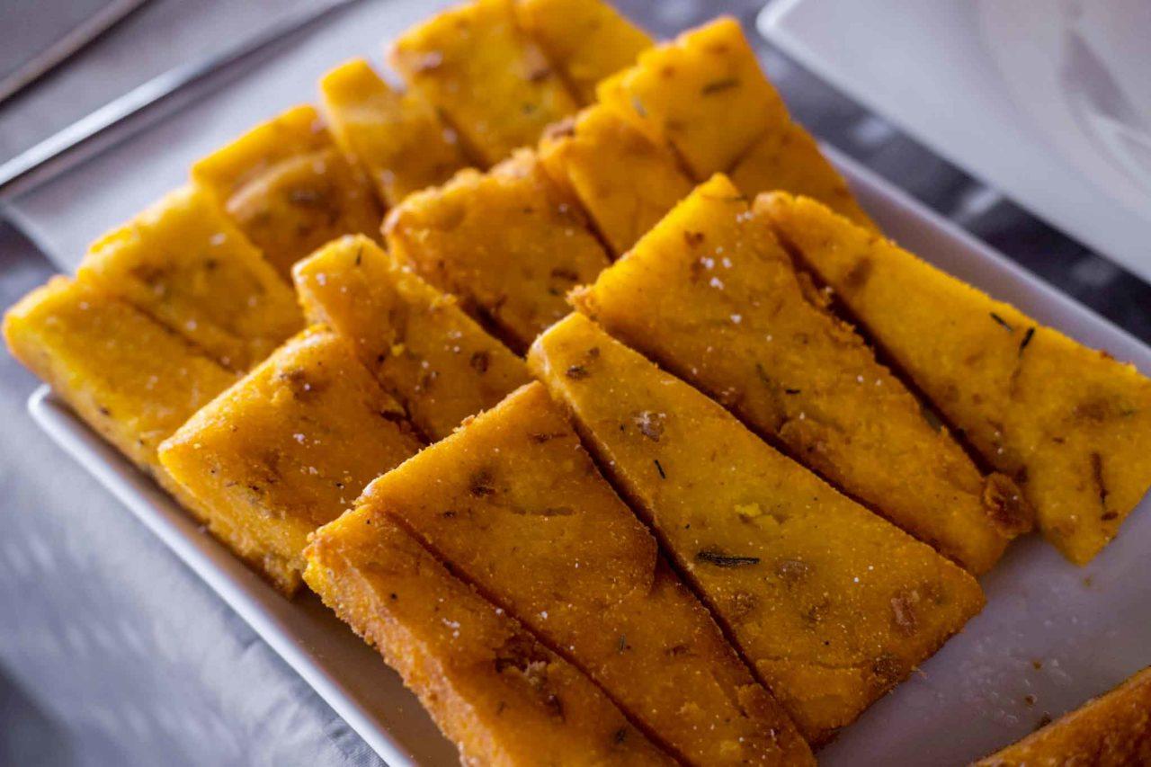scagliozzi di polenta fritti