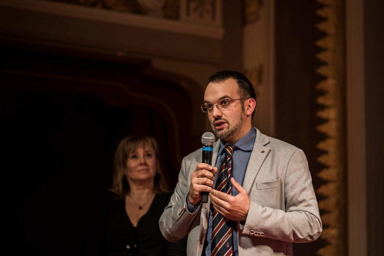 Andrea Terraneo Presidente Associazione delle enoteche Italiana Vinarius divieto di asporto alcol