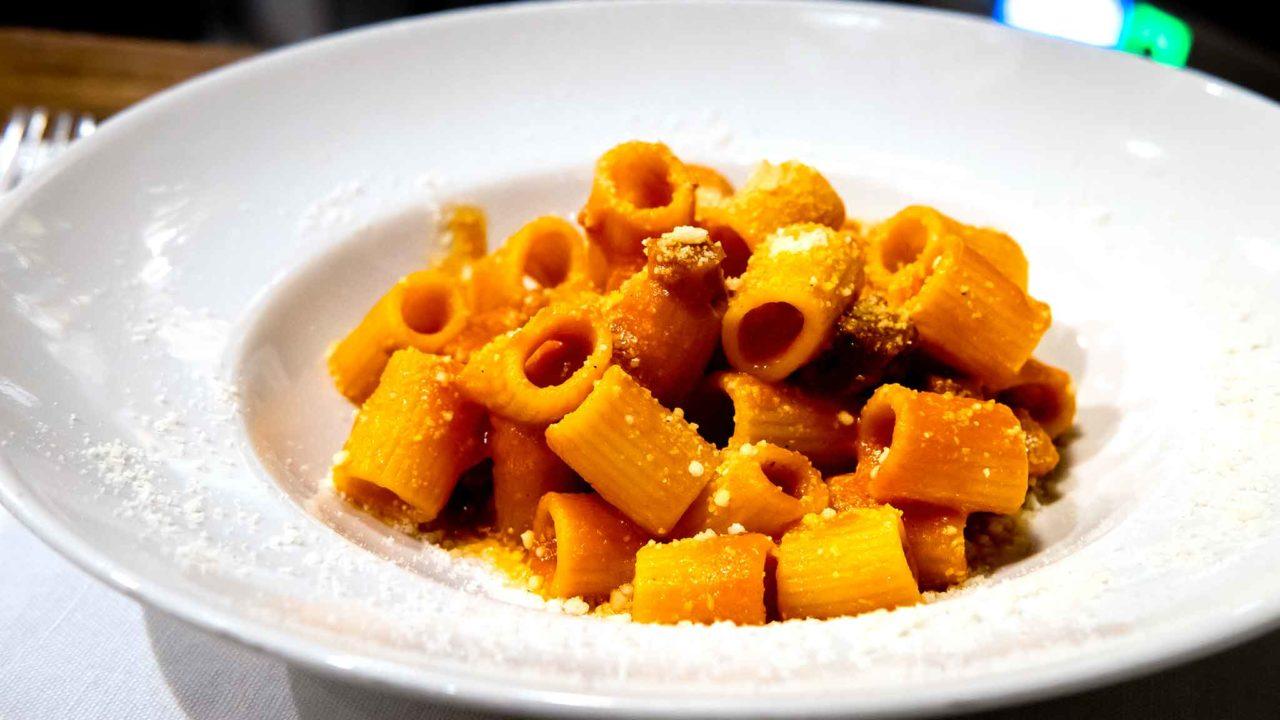 Roscioli salumeria con cucina Roma voglia amatriciana
