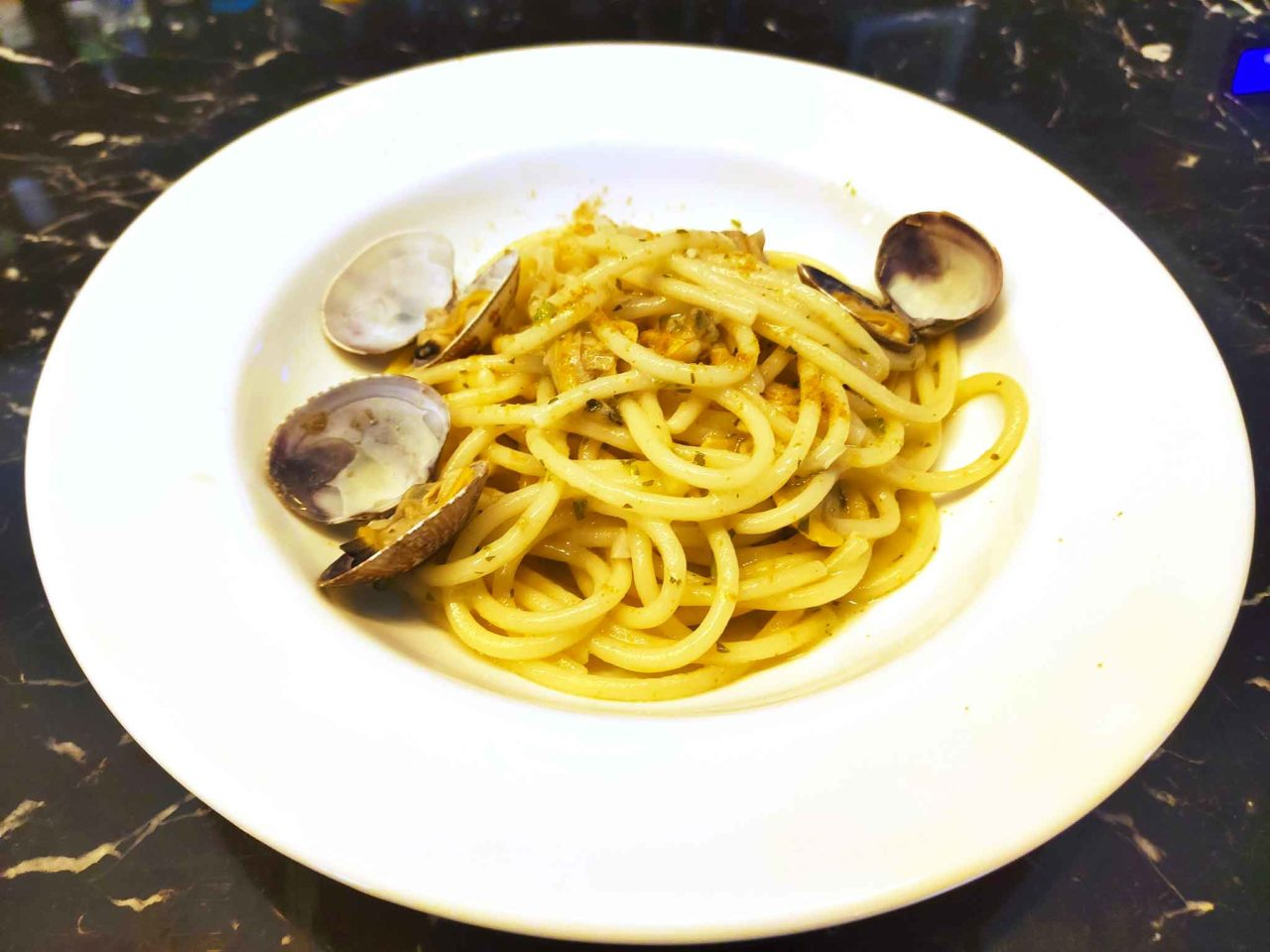spaghetti vongole bottarga Tomà ristorante Roma Prati