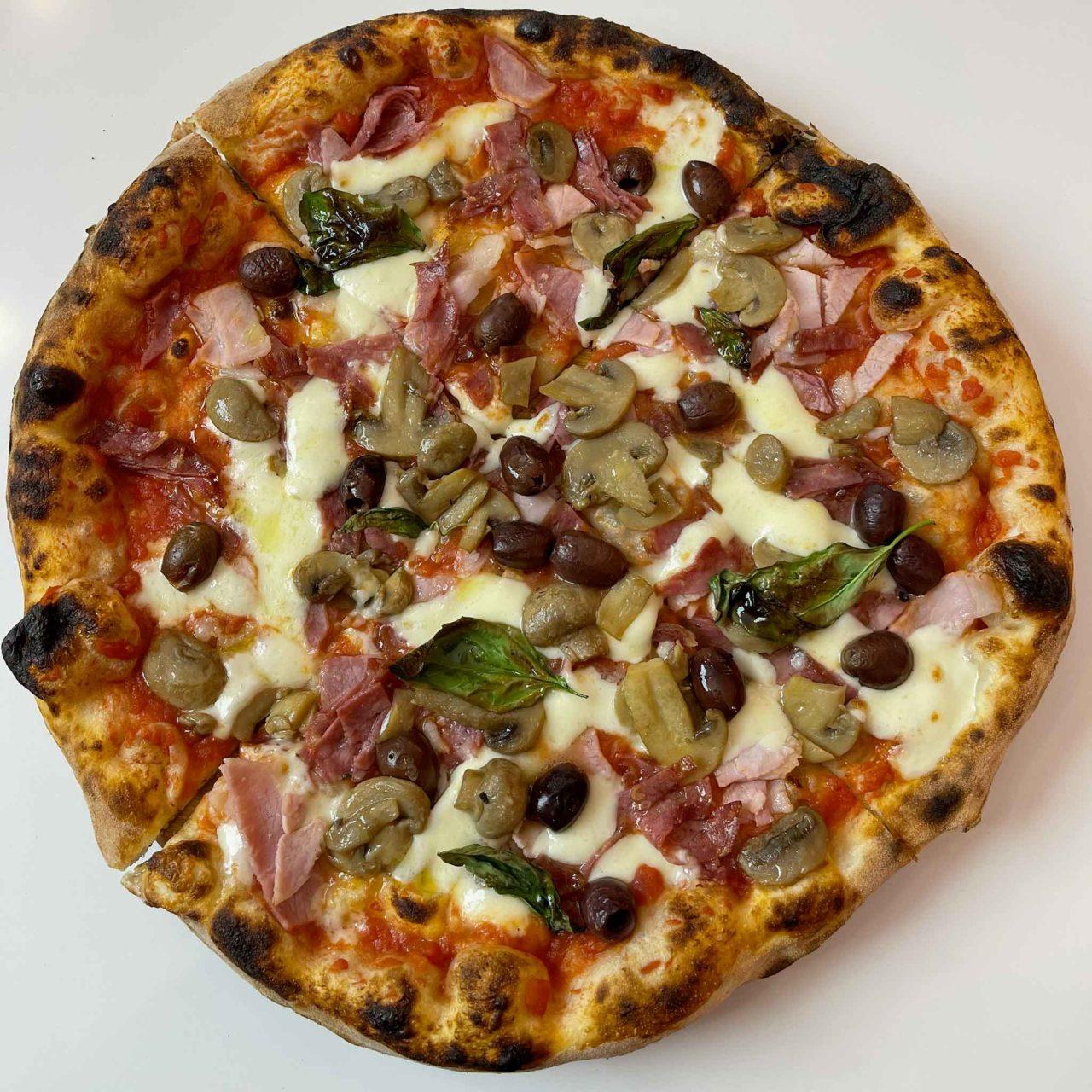 Gina Pizza capricciosa