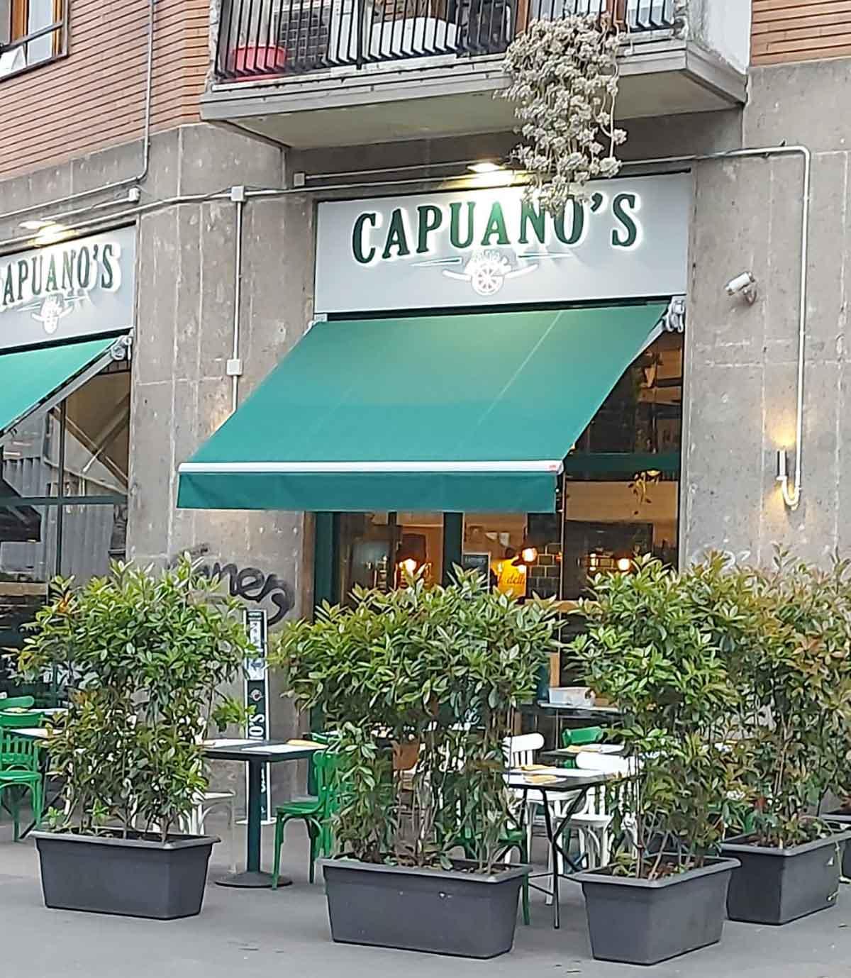 pizzerie con tavoli all'aperto Capuano's