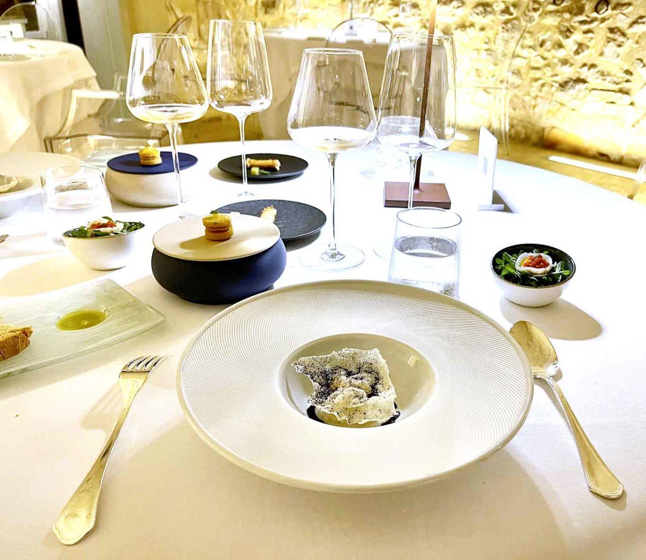 Locanda Don Serafino ristorante stella Michelin Sicilia Ragusa Ibla amuse bouche