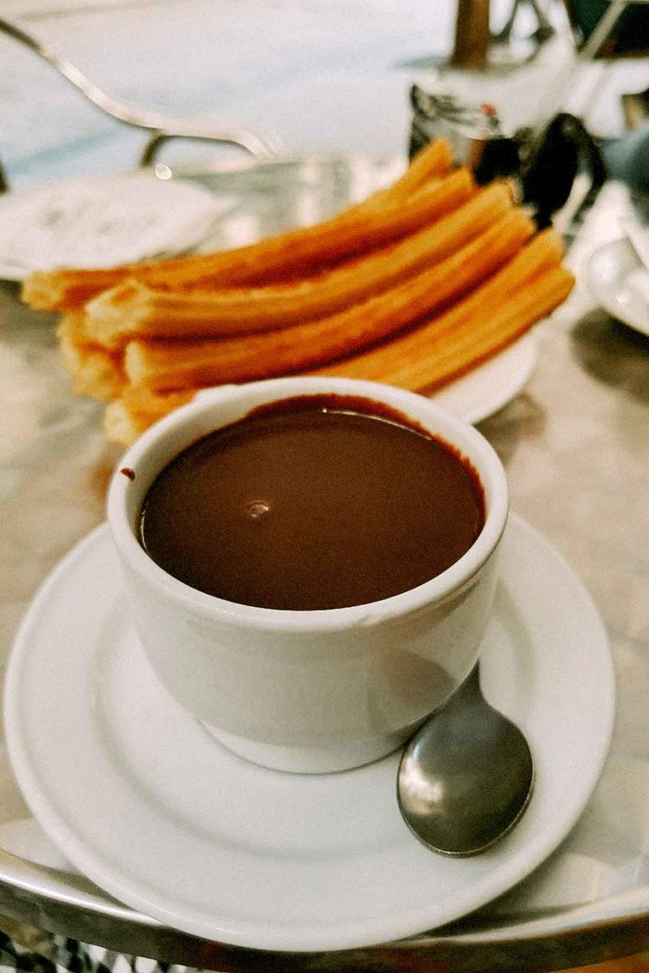 Madrid Chocolateria San Gines cioccolata churros