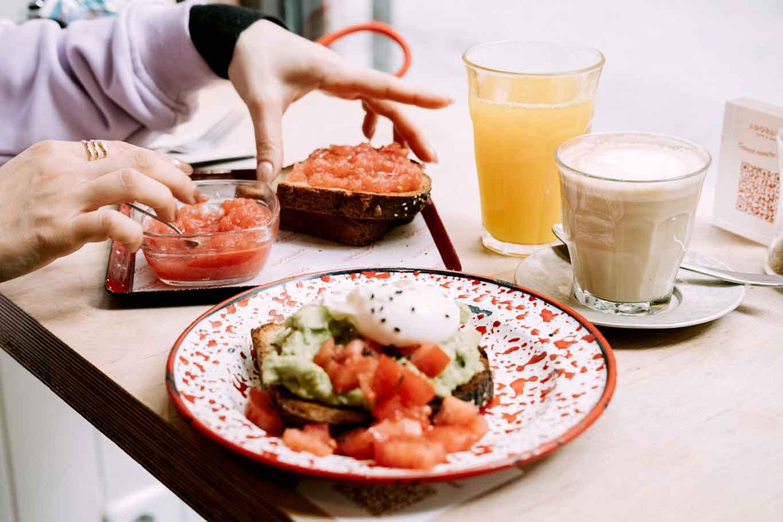 Madrid mappa Pan con tomate e avocado toast