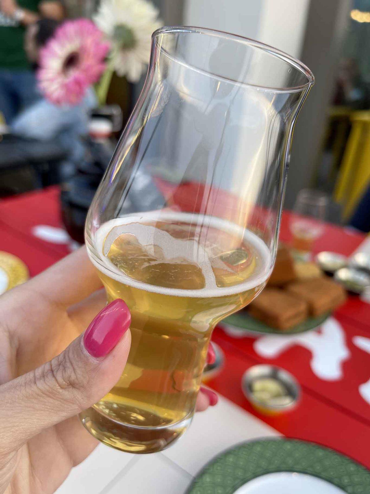 birra Doppio Malto nel bicchiere