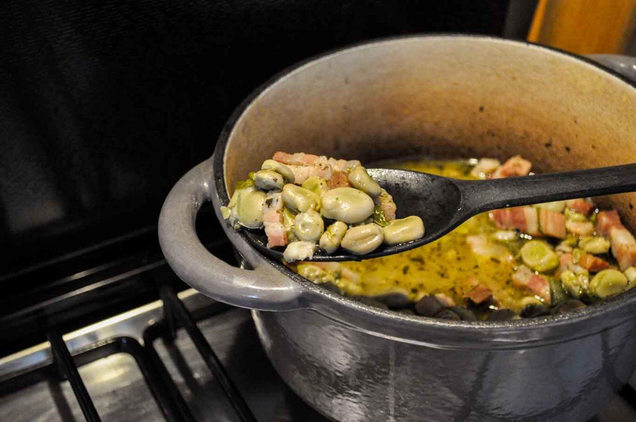 fave e pecorino zuppetta con pancetta