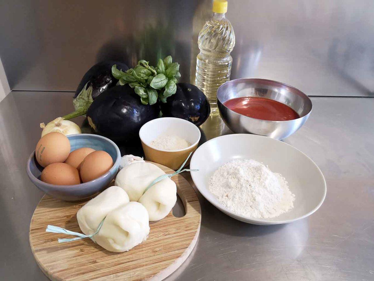 parmigiana di melanzane indorata e fritta ingredienti
